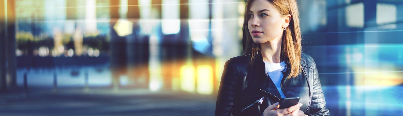 EXTRA - PILLAR-Woman-outside-1600x463px.jpg